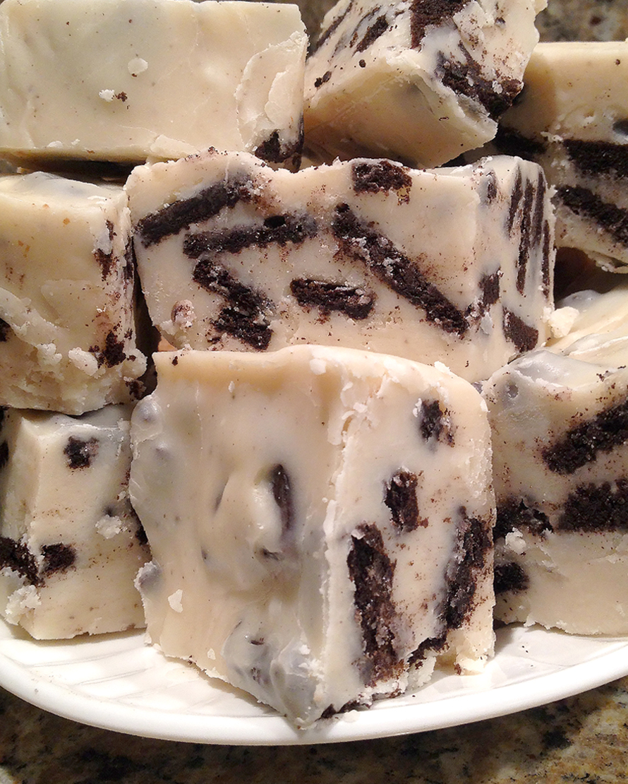 Order Fudge Grudge Cookies & Cream Fudge On A Plate